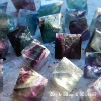 Magical Healing with Fluorite Octahedron Gemstones and Sacred Geometry – Chakra and Reiki